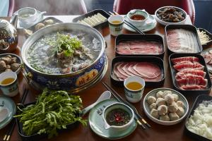 DNM HOT POT 12_JohnLee.JPG